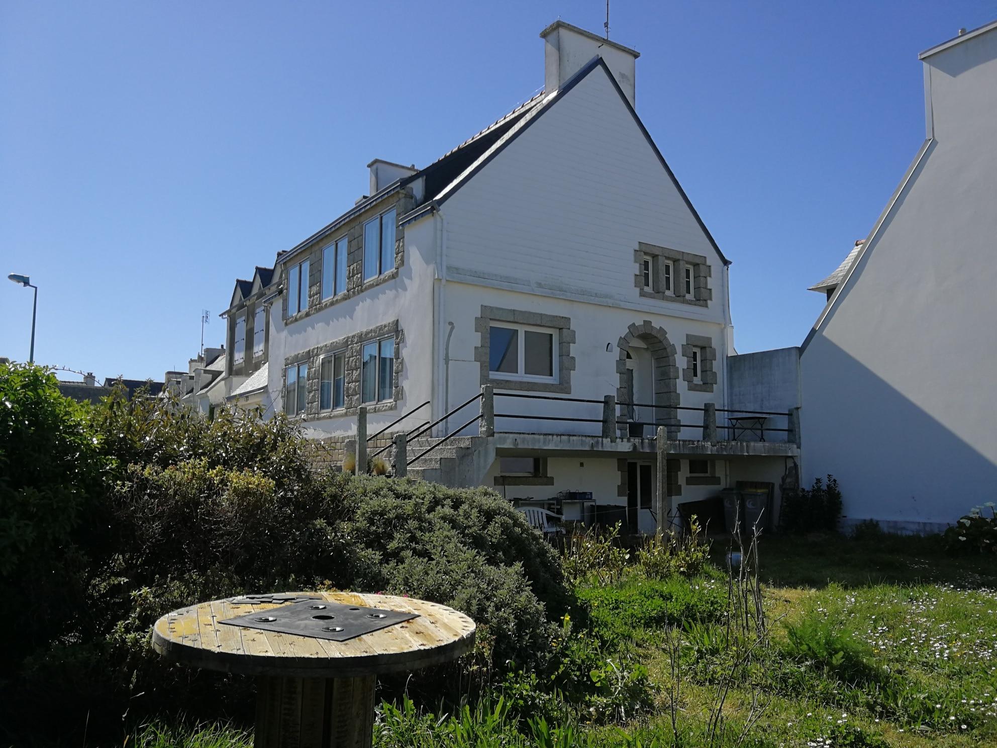 En Bretagne Chez Colette - La maison vue du jardin